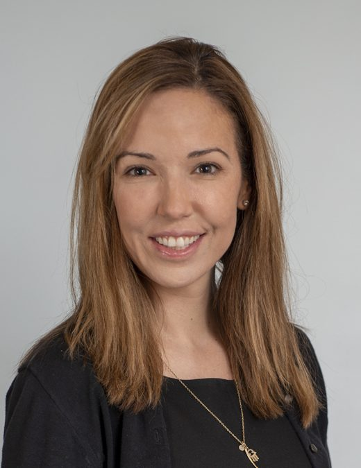Dr Tracey Simon